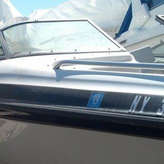 Crownline boat windshield